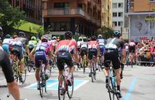 Milers de persones diuen adéu al pas del Tour pel Principat