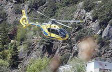 Els bombers rescaten dos nens a la muntanya