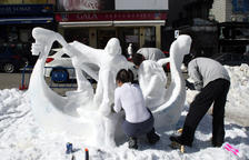 Les escultures de neu tornaran a lluir al Pas de Casa