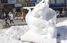 'Prosperitat' s'endú el premi popular del concurs d'escultures de gel