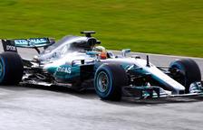 Mercedes presenta el bòlid amb què vol seguir dominant