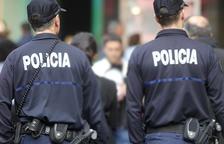 La policia arresta en diferents intervencions tres joves per injuriar i amenaçar els agents