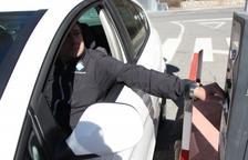 La targeta e-parq ofereix un 50% de descompte i la primera hora gratuïta d'aparcament