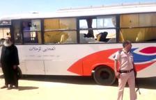 Almenys 28 morts en l'atac contra un autobús de cristians coptes