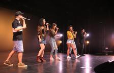 La capital posa el punt final al primer consell d'infants amb un concert del grup Kundala