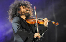 Ara Malikian embadaleix el públic en l'estrena del Colors de Música