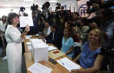 Soraya Sáenz de Santamaría i Pablo Casado es disputaran el lideratge del Partit Popular