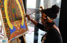 Els 25 participants de la sisena edició de l'Art Camp treballen ja en les seves obres a la Buna