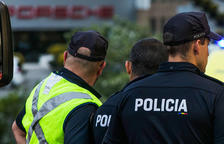Cinc persones detingudes per maltractaments