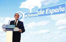 """Mariano Rajoy deixa la presidència del PP prometent """"lleialtat"""" al partit"""