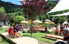 Visitants i venedors fan una valoració positiva del primer mercat de la Serenalla