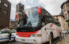 Treballadors i jubilats, grans usuaris del bus