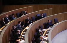 """L'oposició critica la """"improvisació"""" de DA"""