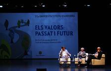 Jover destaca l'educació com a eina per combatre extremismes