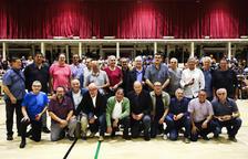 Triomf per homenatjar els pioners del bàsquet