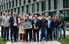 El Govern rep el MoraBanc per la consecució de la Lliga Catalana