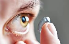 Perills de dormir amb lents de contacte