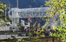 La passarel·la sobre la CG-1 i l'emplaçament de la Fira, als set tuits