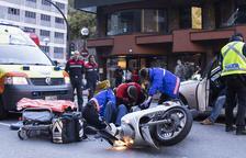Un motorista ferit en un accident a l'avinguda Tarragona