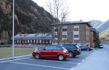 Nou aparcament de 20 places al poble d'Arans