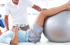 Els fisioterapeutes són més del doble dels que fixa el barem de l'OMS