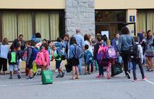 Onze mil alumnes tornen a les aules dels tres sistemes
