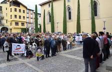 Dos centenars de persones protesten a la Seu contra el Suprem
