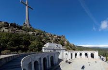 Les restes de Franco abandonen el Valle de los Caídos 44 anys després