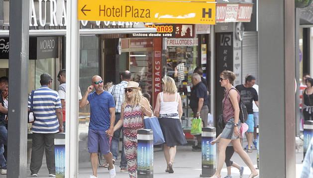 L'avinguda Meritxell amb pocs turistes